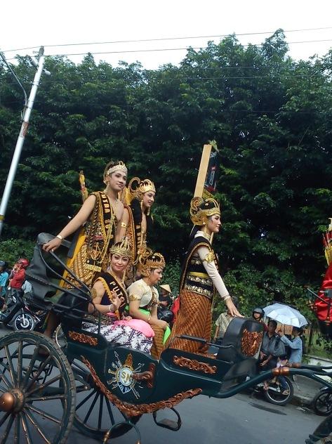 Kirab Wayang