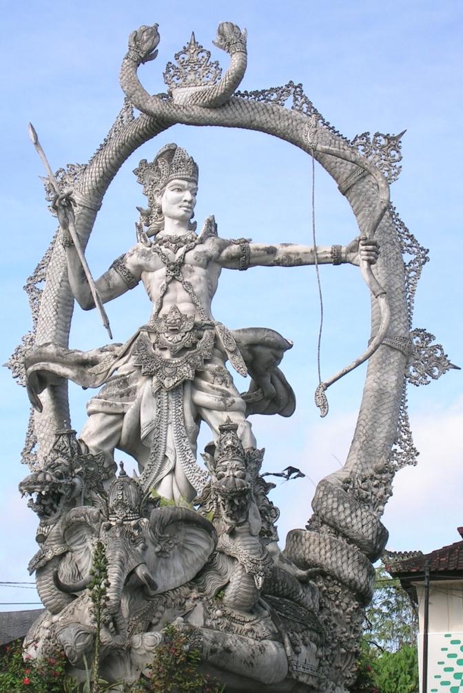 Arjuna_statue
